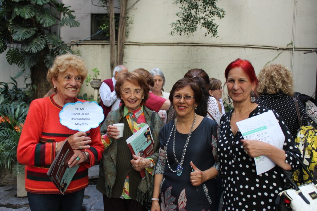 Feria de Voluntarios mayores